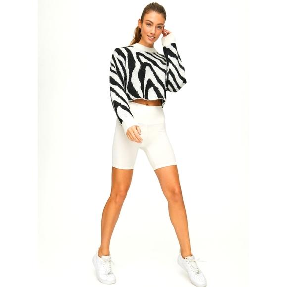 Aritzia TNA Utica wool zebra print sweater S